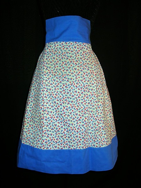 Vintage Aprons on Sale!