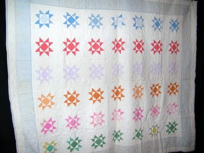 Vintage 1930s 8 Pointed Star Quilt