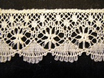Vintage Machine Bobbin Lace Trim with Fans