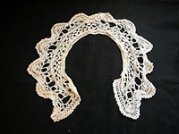 Vintage Knitted Lace Collar