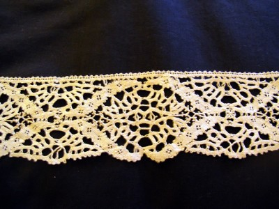 Antique Handmade Bobbin Lace Wide Trim